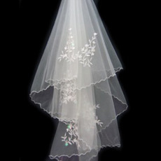 1 Layer Waltz with Embroidery Wedding Veil
