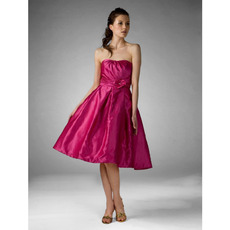A-Line Strapless Knee-Length Satin Bridesmaid/ Wedding Party Dresses