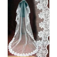 1 Layers Tulle Wedding Veil with Embroidery