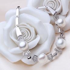 Elegant Multicolor Off-Round 6.5 - 8.5mm Freshwater Bridal Pearl Bracelet