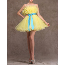 Cute A-Line Strapless Short Organza Homecoming Dresses with Sashes