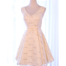 Custom V-Neck Sleeveless Short Satin Lace Homecoming/ Party Dresses