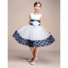 2019 New Style Knee Length Flower Girl Dresses with Lace Trim