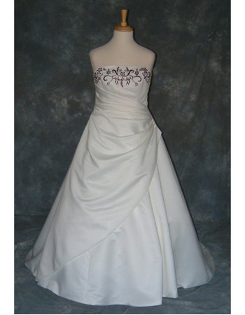 Style Fashionable and Elegant A-Line Strapless Court train Satin Embroider Dress for Bride/Bridal Gown