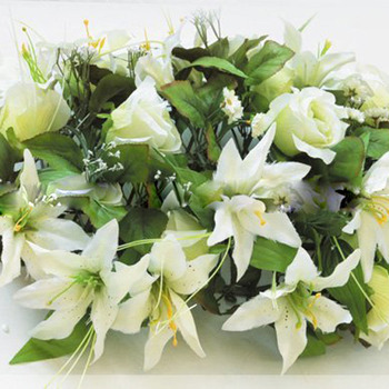 Victoria-style Silk Table Lily Flower