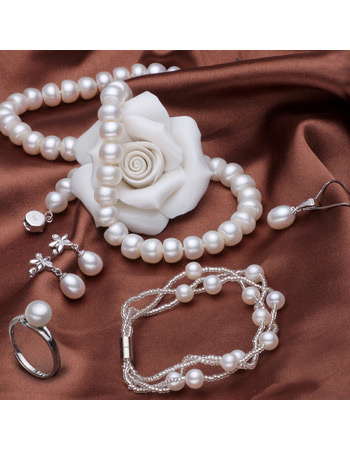 White 6-7mm Freshwater Natural Off-Round Pearl Bracelet and Necklace Set