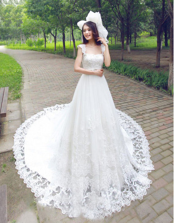 Affordable Elegan Lace Chapel Train Straps A-Line Wedding Dresses