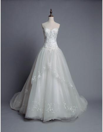 Custom Ball Gown Sweetheart Chapel Train Organza Wedding Dresses