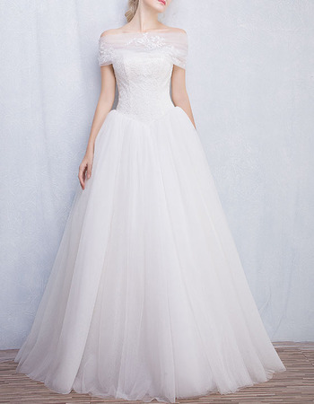 Classic Ball Gown Strapless Wedding Dresses with Detachable Wraps