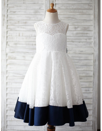 Stunning Sleeveless Knee Length Lace Flower Girl Dress with Bow