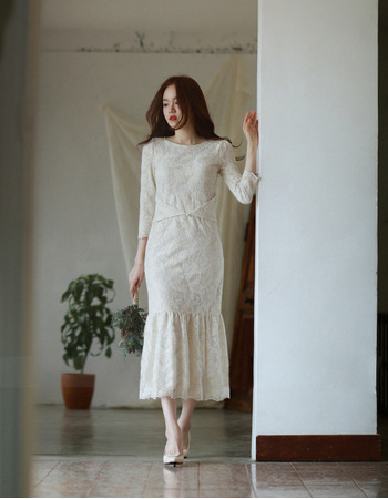 Sexy Trumpet Tea Length Lace Reception Wedding Dress with Long Sleeves